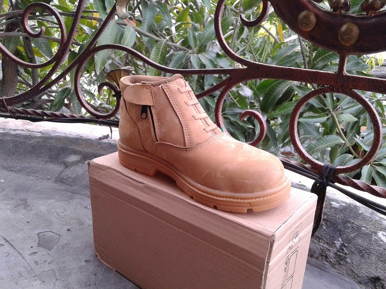 pabrik sepatu safety handmade disurabaya jawa timur indonesia