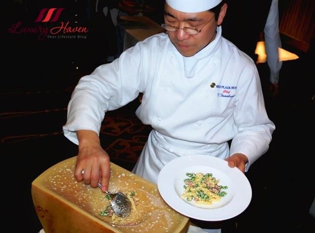 duo fourchettes chef tomokuni half wheel parmigiano reggiano
