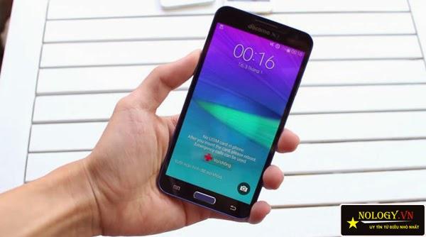 So sánh chi tiết Sky A900 chính hãng và Samsung Galaxy J.
