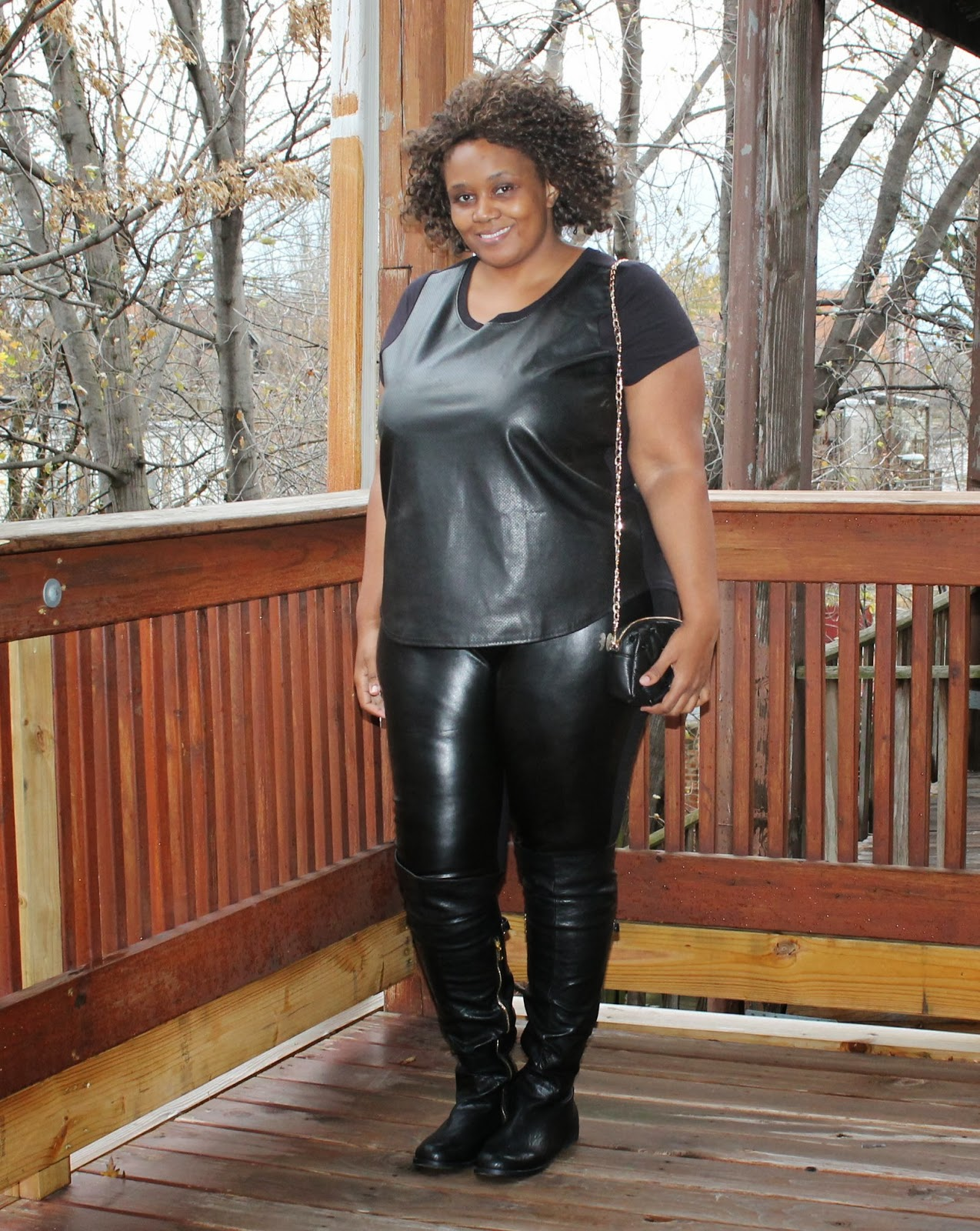 rock}'n all black (leather) everything + over the knee boots