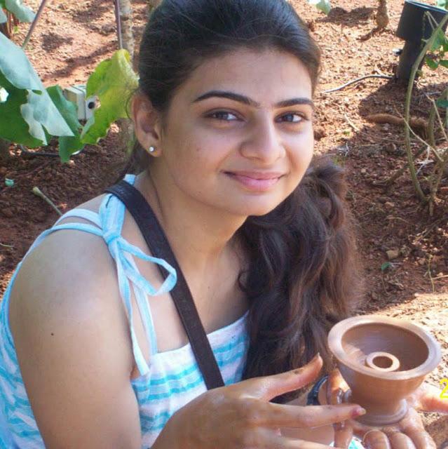 FACEBOOK GIRLS: Jaipur Rich girls on facebook