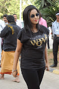 Poorna at memu saitam cricket-thumbnail-4