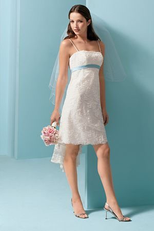 used-wedding-gowns-with-style.jpg