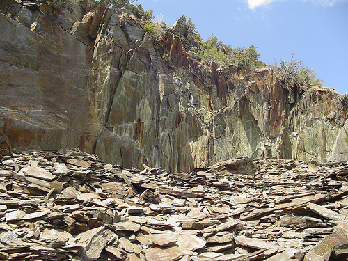 El paisaje rocas metam rficas - Cantera de pizarra ...