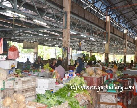 Pasar Besar Teluk Intan