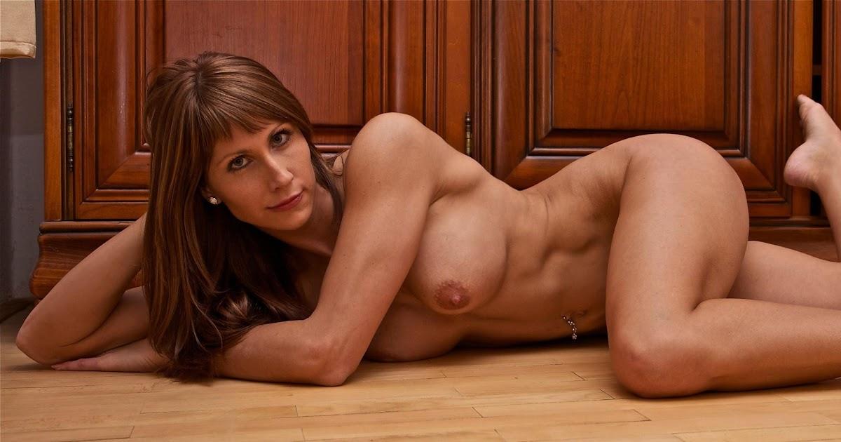 Anne rimmen naken sexy undertøy dame