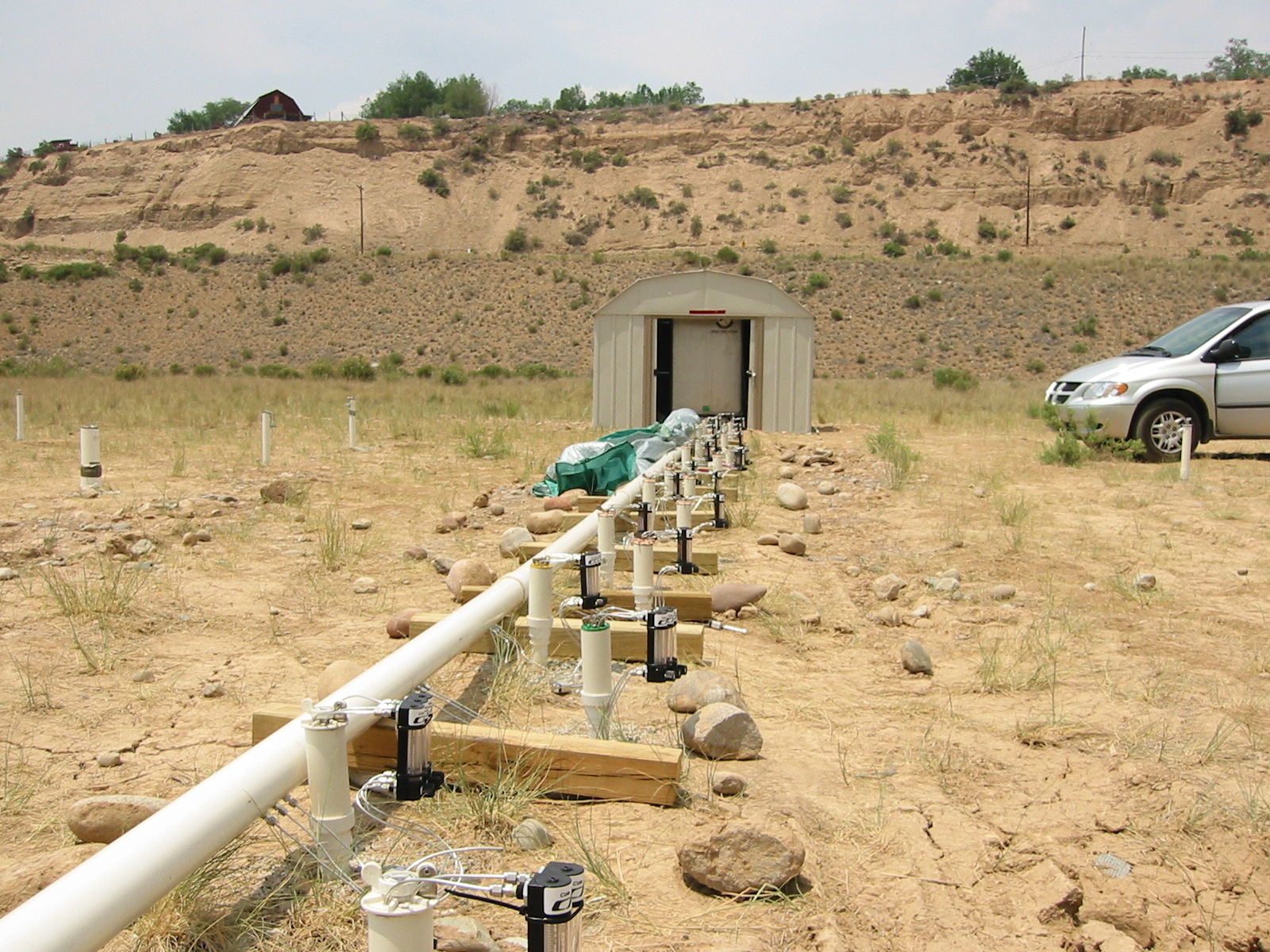 x ray techniques are being used to target long lived groundwater contamination at former uranium ore processing sites in the floodplains of the upper