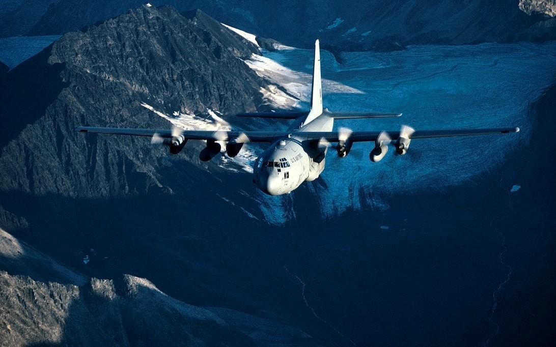 C-130J Super Hercules Transport Aircraft wallpaper 1