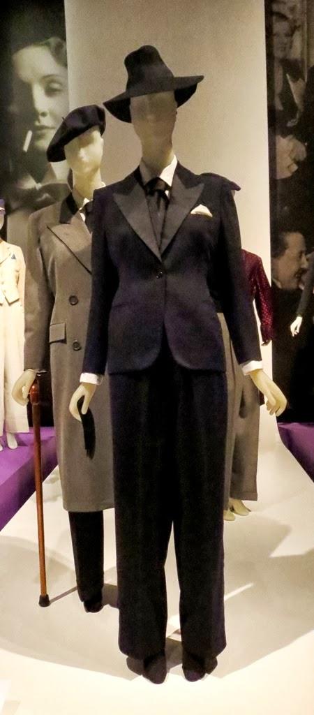 Idiosyncratic Fashionistas: Queer History of Fashion