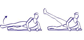 ejercicios para adelgazar, ejercicios de levantamiento de piernas, levantando las piernas, acostado de lado, levantado las piernas y acostado, persona acostada en el suelo levantando las piernas de lado, persona acostada sobre un costado