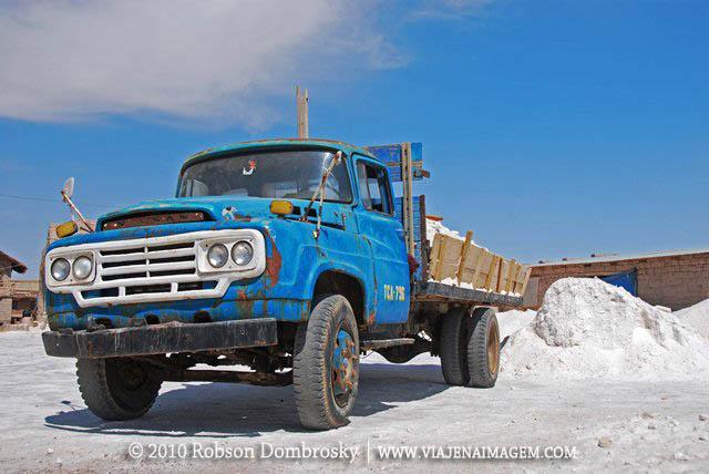 caminhão velho no salar de uyuni