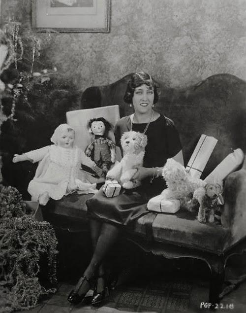 GlamAmor-ous Holidays--Christmas in 1920s Hollywood | GlamAmor