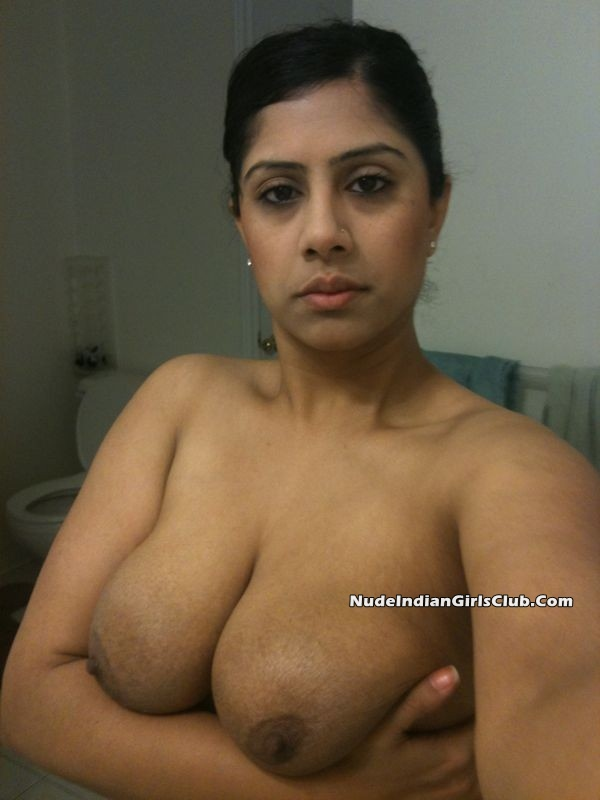 Nude indian girls big boobs