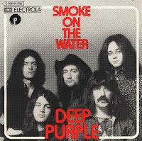 "Capa do compacto com a música ""Smoke On The Water"""