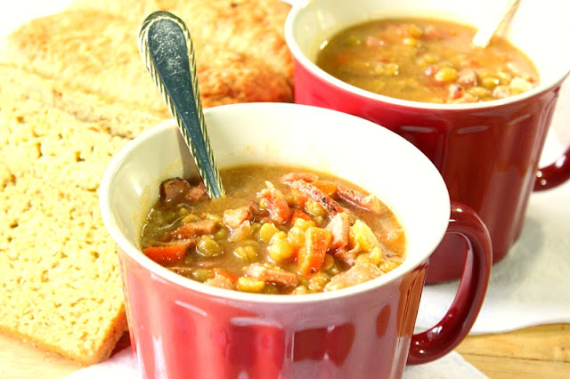 Slow-Cooker Split Pea Soup with Ham