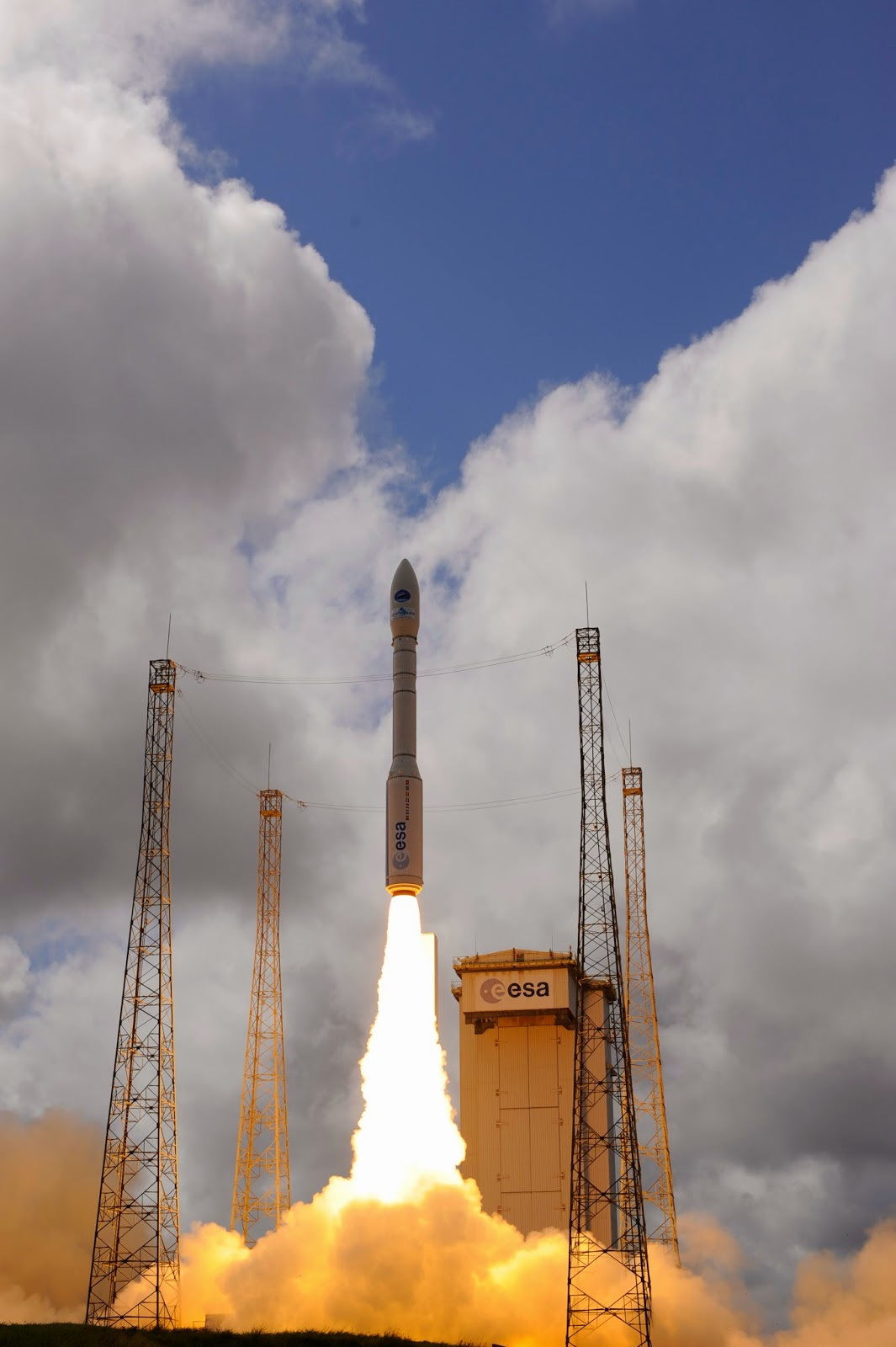 Vega rocket carrying ESA's experimental spaceplane, IXV, lifts off from Europe's Spaceport in Kourou, French Guiana, on 11 February 2015. Credit: ESA–S. Corvaja