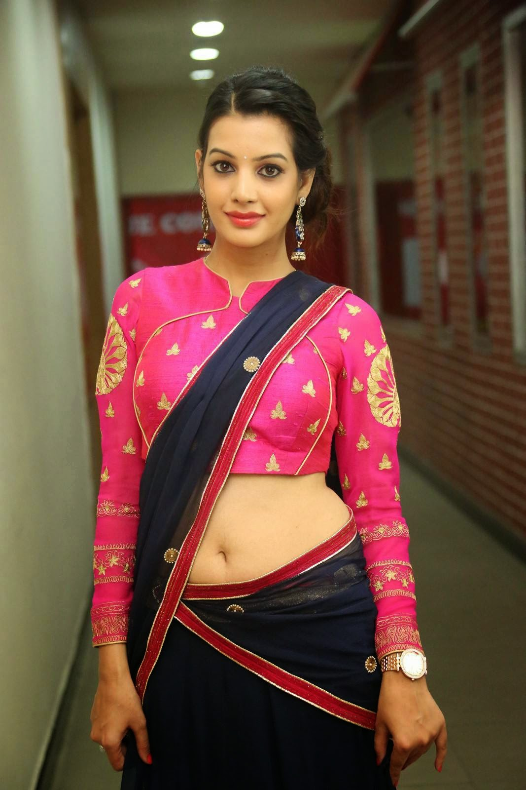 Actress Diksha Panth Latest Cute Hot Saree Navel Show Spicy Photos ...