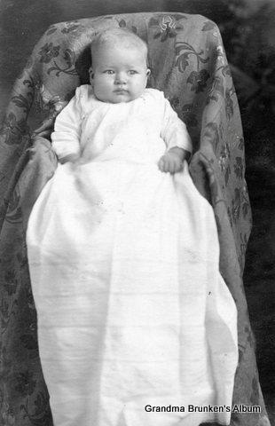 Irene Dorothea Brunken - 1914