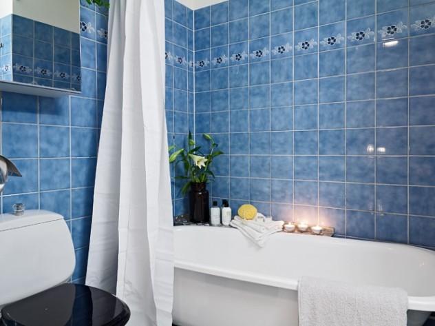 Peque o piso escandinavo en verde y azul la garbatella - Banos azules decoracion ...
