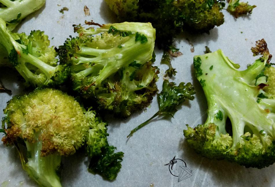 Tomates cerises et diamants brocoli grill - Cuisiner des brocolis ...