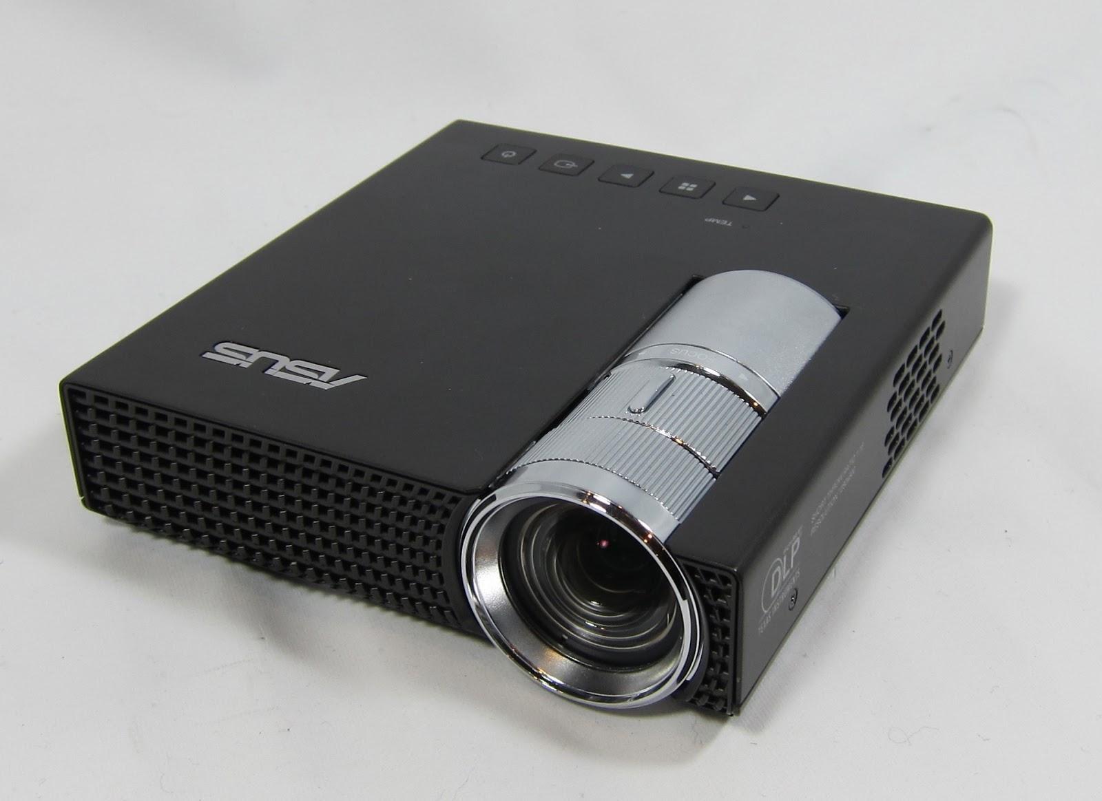 0703okt macam macam lcd projector terbaru 2013 lengkap for Portable pocket projector