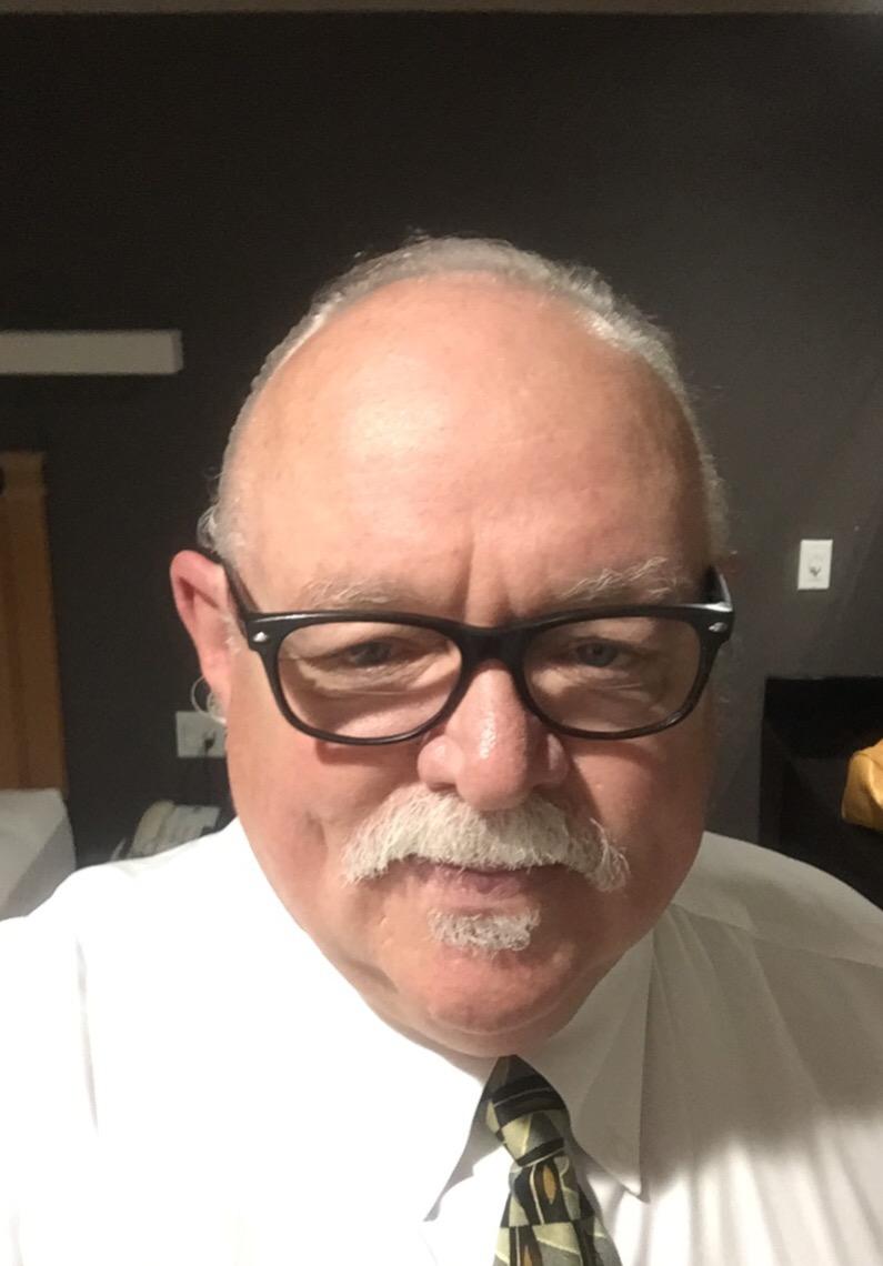 Ron W Davis Sr.