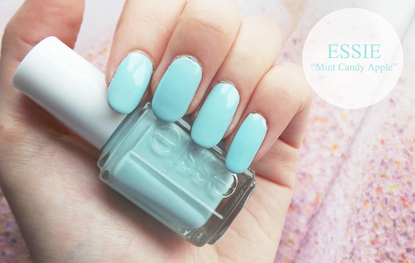 nail blog, nail blogger, nail design, nail art, uk nail blog, uk nail blogger, beauty blog, uk beauty blogger, uk fashion blog, fashion blogger, fashion blog, nail art blog, nail designs, essie, essie mint candy apple, essie mint candy apple review