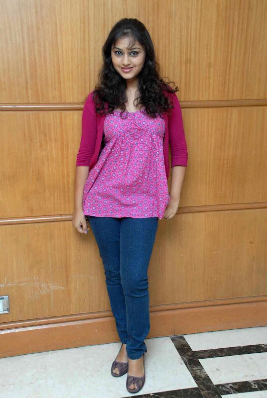 Actress Ramya Barna Gallery wallpapers