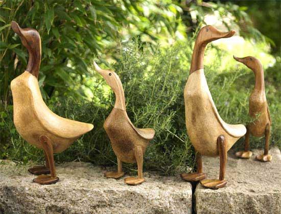 Arte y jardiner a ornamentos en el jard n for Adornos metalicos para jardin