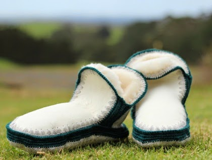 http://felt.co.nz/listing/203697/NZ-Sheepskin-Chalet-Slippers-Lrg--and--XL