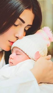 Aiza Khan blessed with baby girl