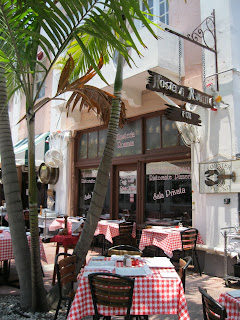 Hosteria Romana Espanola Way Miami