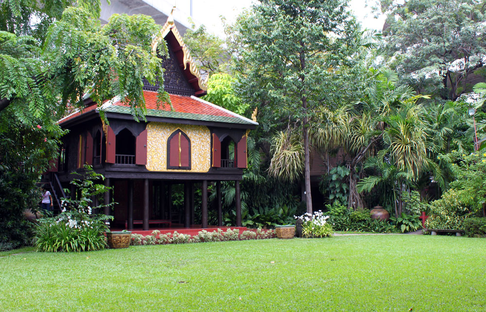 Small houses page 2 skyscraperpage forum - Houses traditional style ...