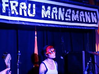 13.04.2013 Duisburg - Djäzz: Frau Mansmann