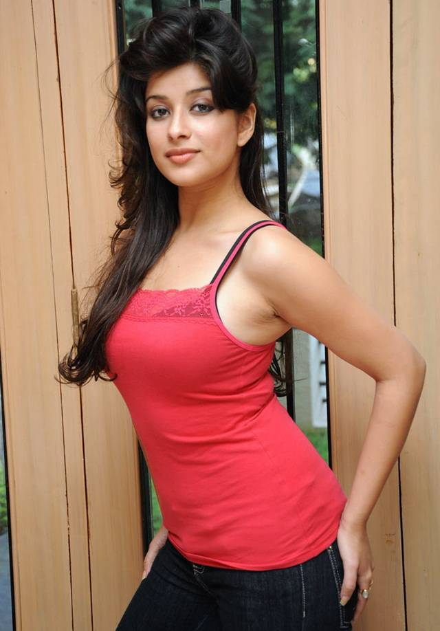 South Indian bhabhi red dress