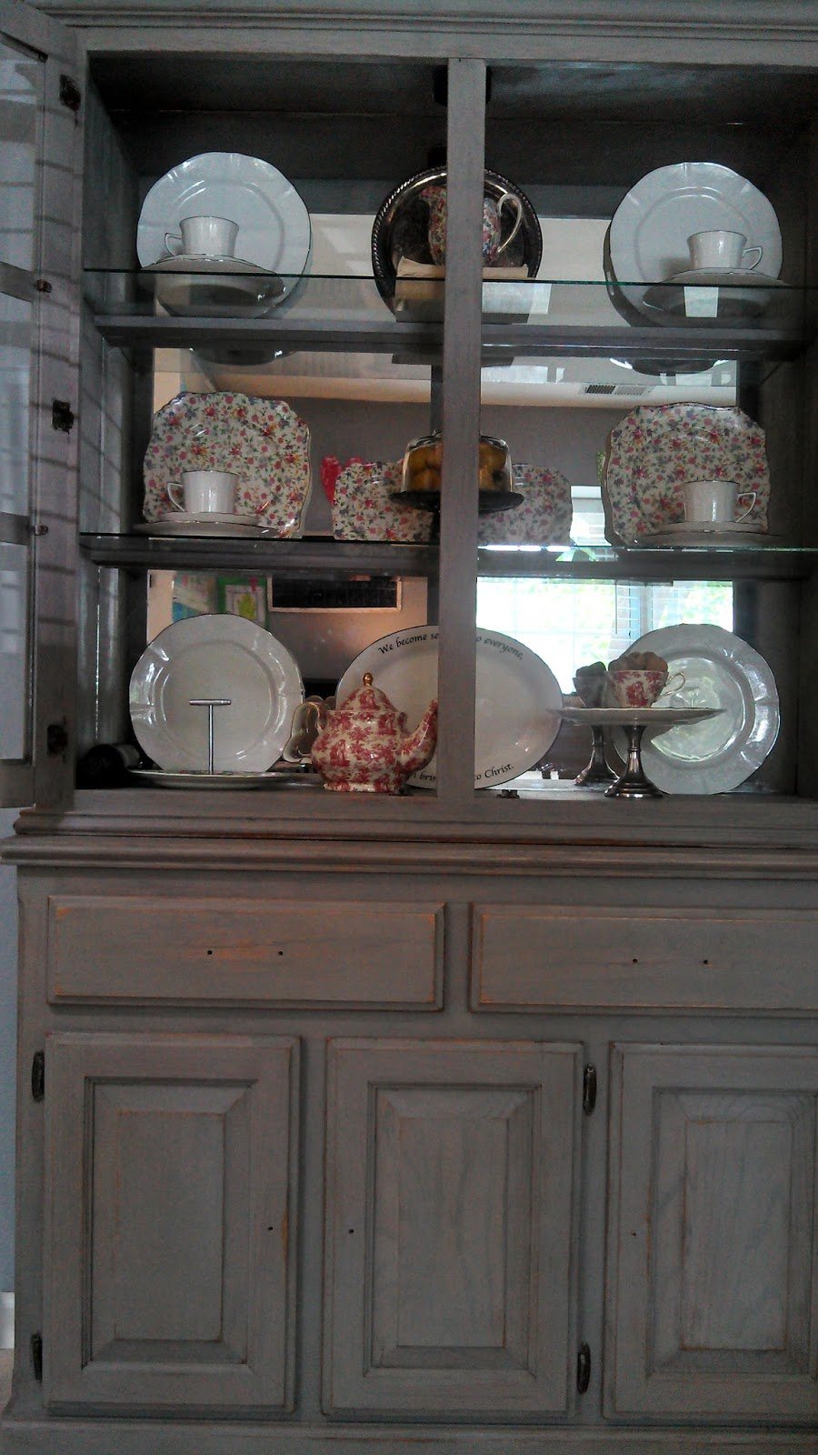 Le Roux China Cabinet Before After