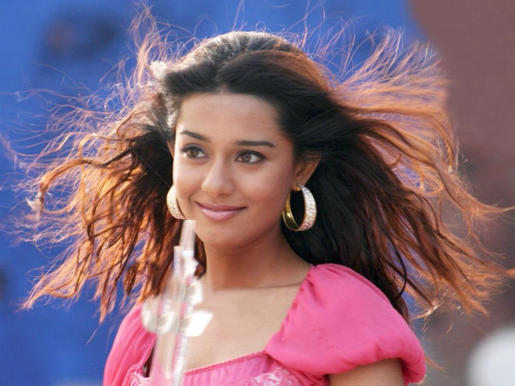 http://2.bp.blogspot.com/-3lj5DrblFWw/TrK4Rc6YdyI/AAAAAAAAEJw/oykGnLrLTtQ/s1600/charming_amrita_rao_cute_in_pink_dress.jpg