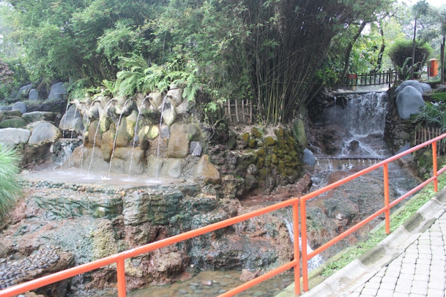 Objek wisata Air panas Ciater Subang Jawa Barat 5