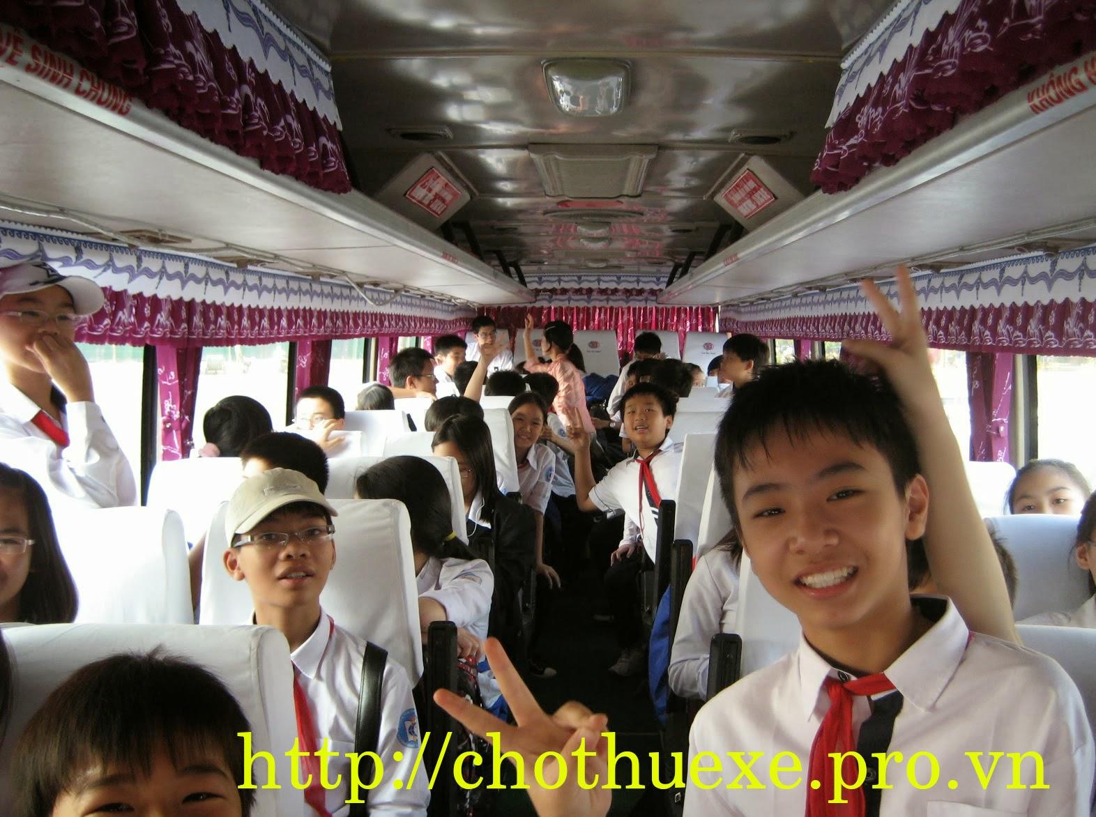 Cho thuê xe đưa đón học sinh tại Hà Nội, dòng xe 16 đến 45 chỗ