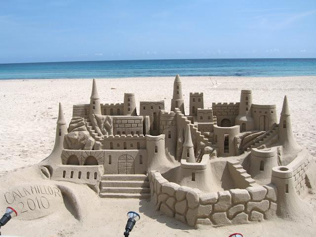 Amazing-Sand-castles-14