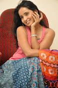 Ishika Singh Latest Glamorous Photos-thumbnail-5