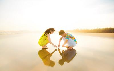fotos de enamorados en el mar