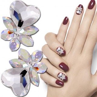 http://www.bijuteriifrumoase.ro/cumpara/crystals-for-nails-navette-heart-u01-11mm-1406