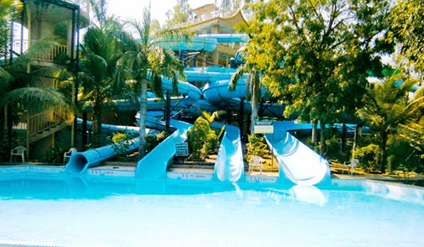 Country Vacation, Country club Kolat Water World