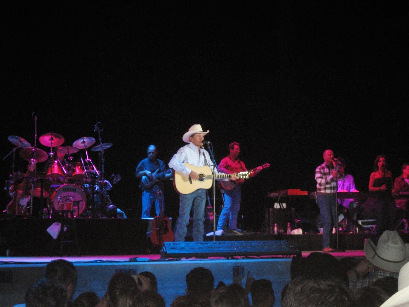 George Strait, concert, 2006