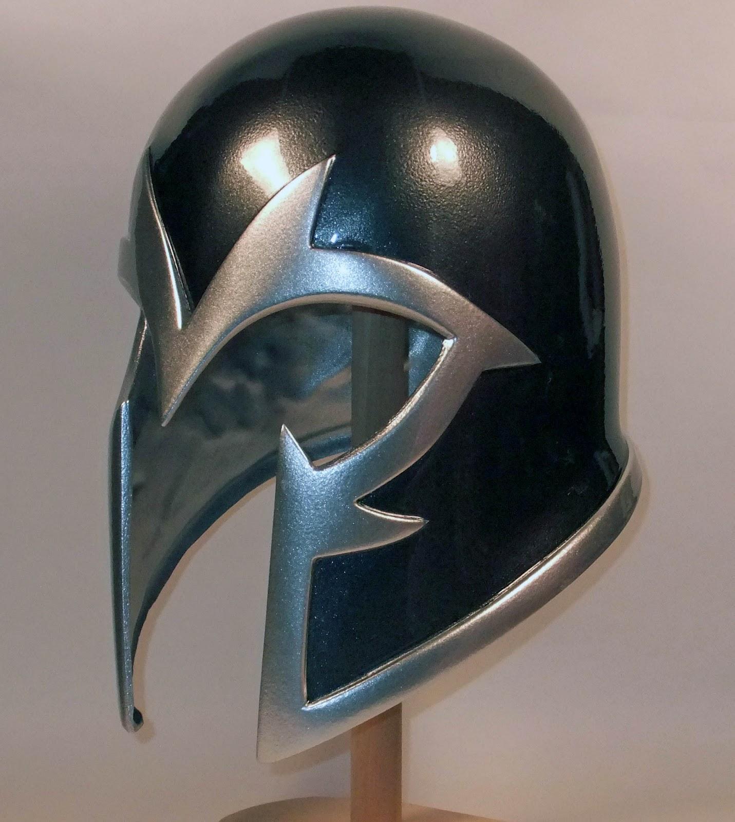 Formosa-Collection: magneto helmet