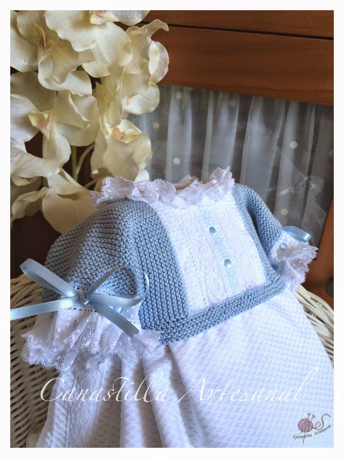 Canastilla artesanal pelele mart n con la llegada del - Canastilla artesanal bebe ...