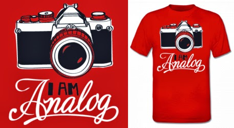 http://www.shirtcity.es/shop/solopiensoencamisetas/i-am-analog-camiseta-506