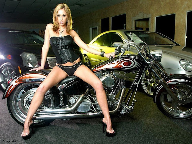 biker babes smokin band