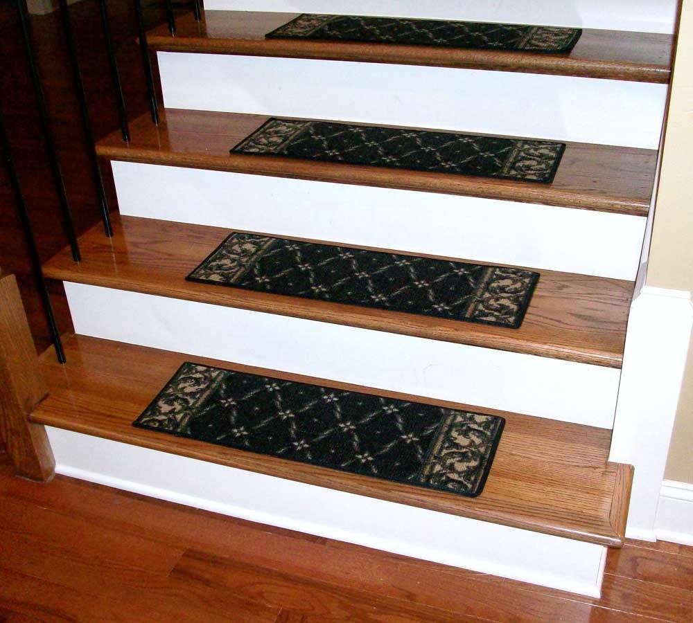 Carpet stair treads – for spiral stair treads